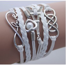 Armband kärlek med hjärta och eiffeltorn